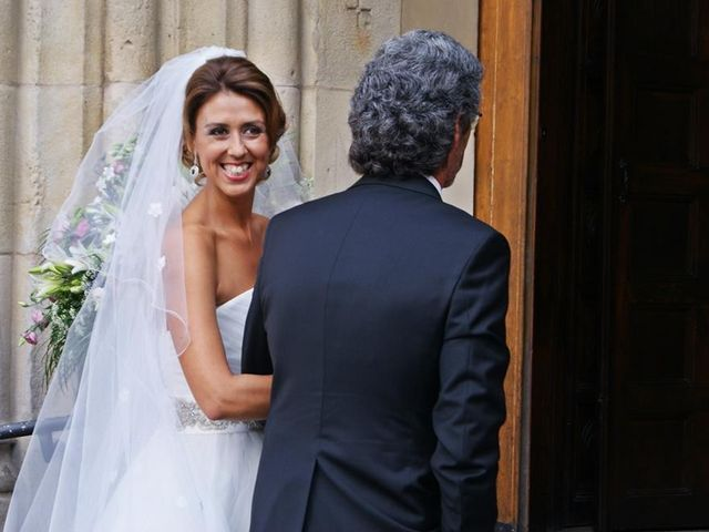 La boda de Raúl  y Paula en Gijón, Asturias 29