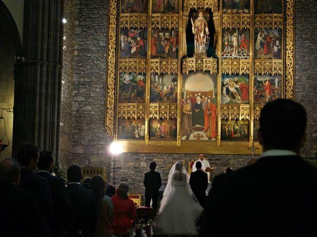 La boda de Raúl  y Paula en Gijón, Asturias 30