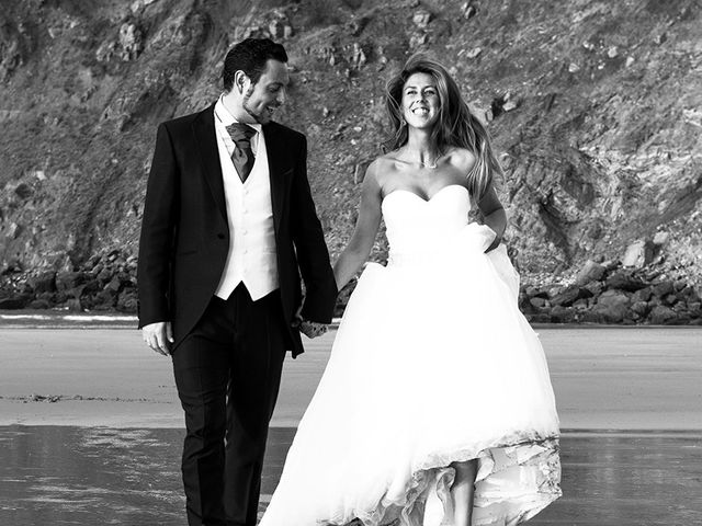 La boda de Raúl  y Paula en Gijón, Asturias 34