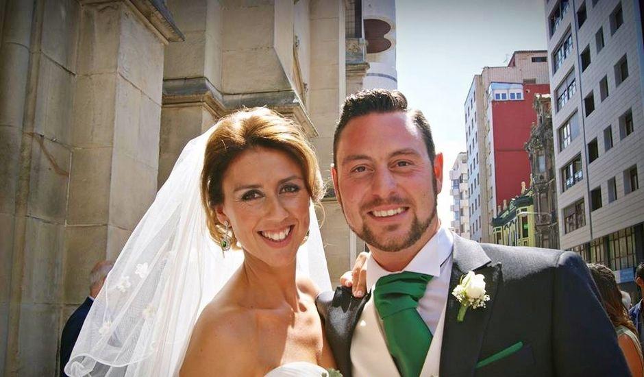 La boda de Raúl  y Paula en Gijón, Asturias