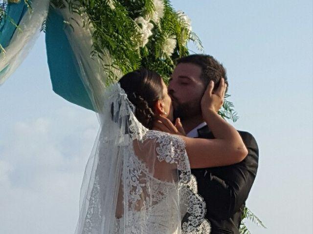 La boda de Javier  y Laura  en Vilanova I La Geltru, Barcelona 11