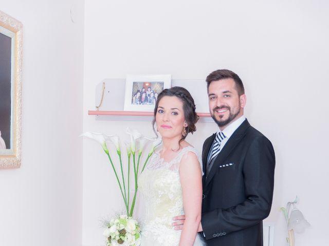 La boda de Eliseo y Gemma en Alzira, Valencia 17