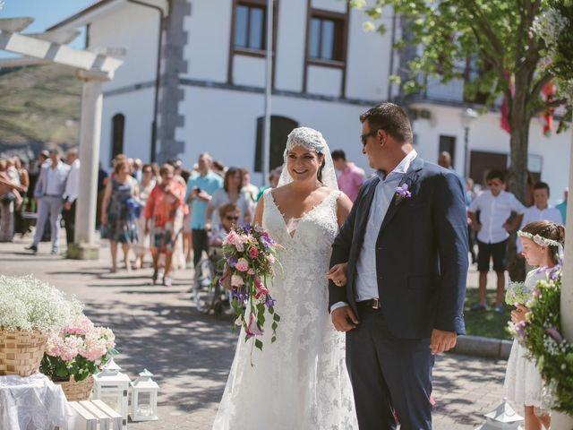 La boda de Sergio y Saioa en Zierbena, Vizcaya 3