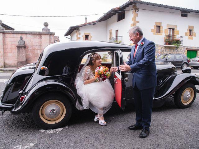 La boda de Eneritz y Borja en Erandio, Vizcaya 13