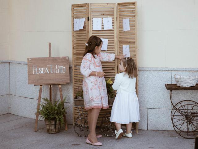 La boda de Alberto y Daniela en Soto De Viñuelas, Madrid 26