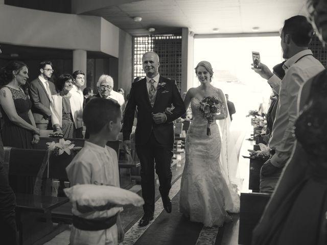 La boda de Mario y Laura en Orihuela, Alicante 32