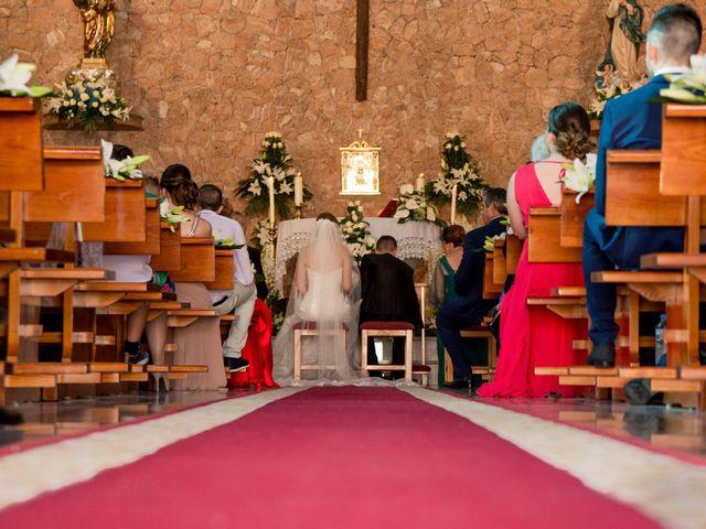 La boda de Mario y Laura en Orihuela, Alicante 35