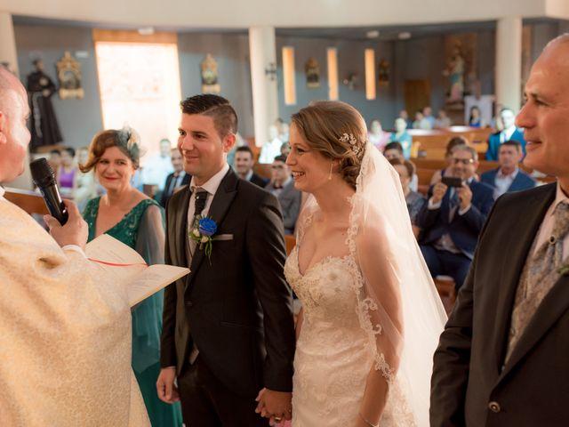 La boda de Mario y Laura en Orihuela, Alicante 37