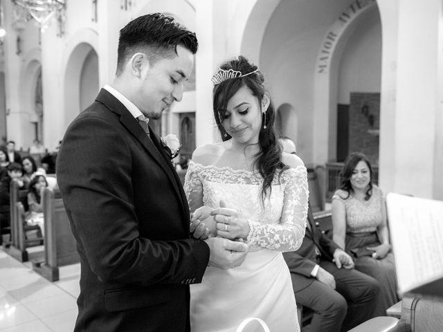 La boda de Geovany y Abril en Zaragoza, Zaragoza 26