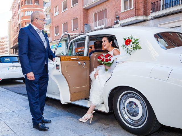La boda de Ismael y Mari Luz en Valoria La Buena, Valladolid 26