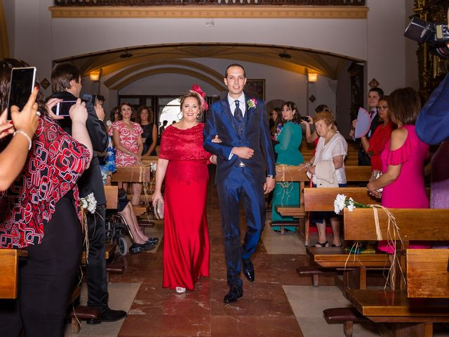 La boda de Ismael y Mari Luz en Valoria La Buena, Valladolid 27