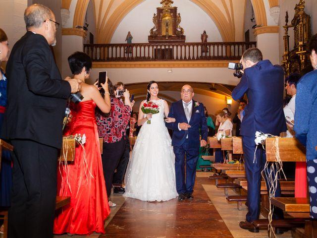 La boda de Ismael y Mari Luz en Valoria La Buena, Valladolid 28