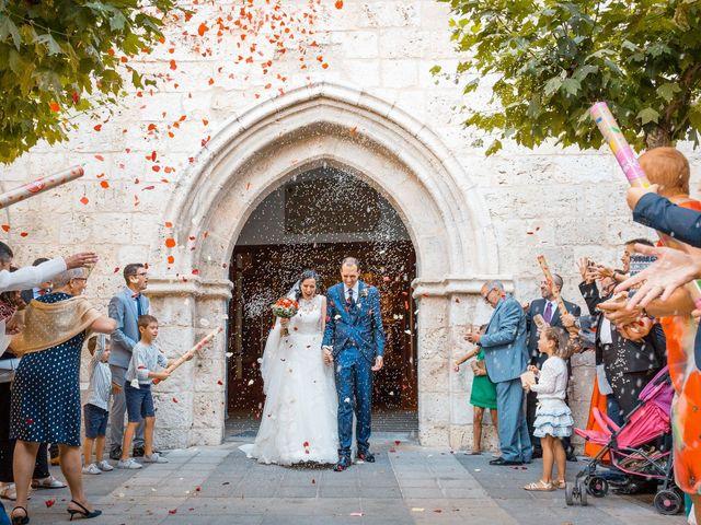 La boda de Ismael y Mari Luz en Valoria La Buena, Valladolid 32