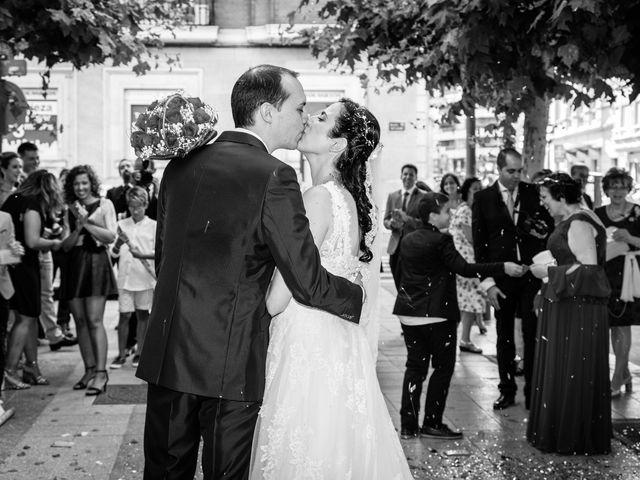 La boda de Ismael y Mari Luz en Valoria La Buena, Valladolid 35