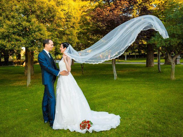La boda de Ismael y Mari Luz en Valoria La Buena, Valladolid 39