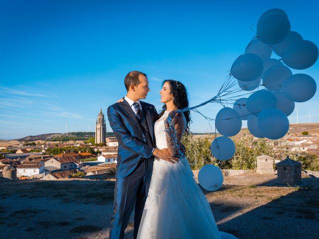 La boda de Ismael y Mari Luz en Valoria La Buena, Valladolid 47