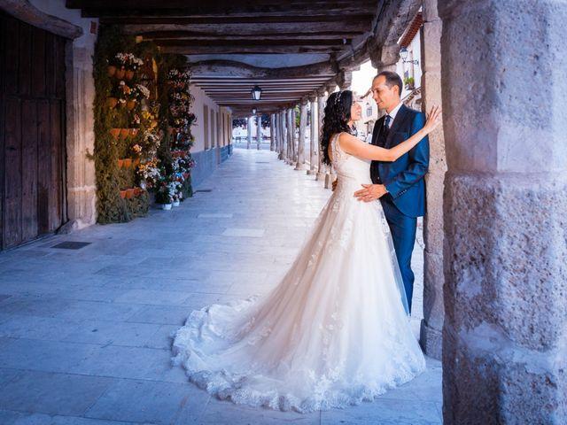 La boda de Ismael y Mari Luz en Valoria La Buena, Valladolid 49