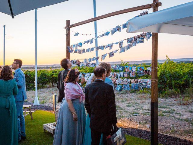 La boda de Ismael y Mari Luz en Valoria La Buena, Valladolid 69