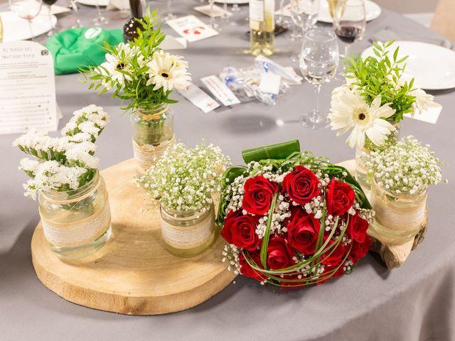 La boda de Ismael y Mari Luz en Valoria La Buena, Valladolid 76