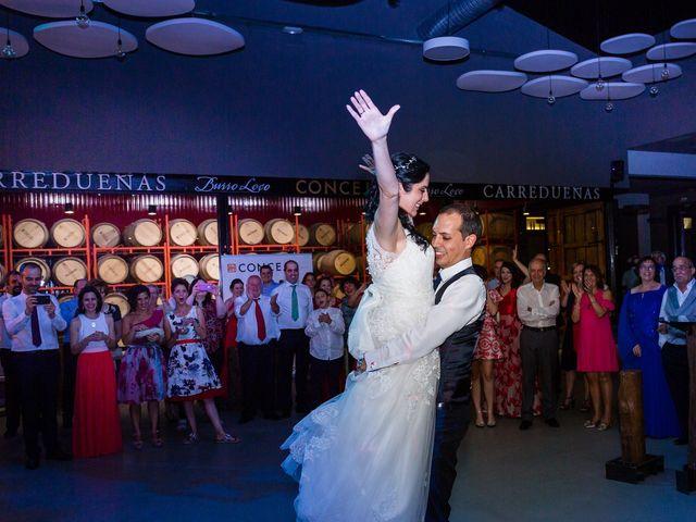 La boda de Ismael y Mari Luz en Valoria La Buena, Valladolid 85
