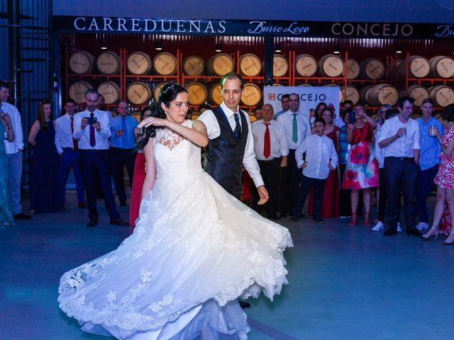 La boda de Ismael y Mari Luz en Valoria La Buena, Valladolid 89