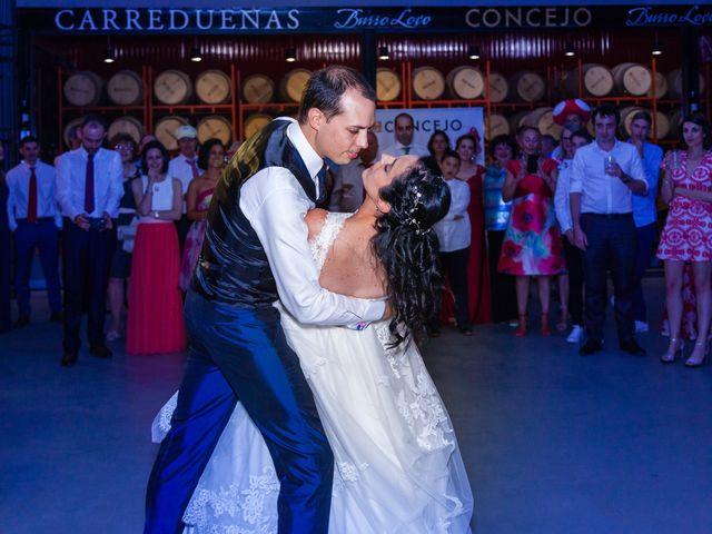 La boda de Ismael y Mari Luz en Valoria La Buena, Valladolid 91