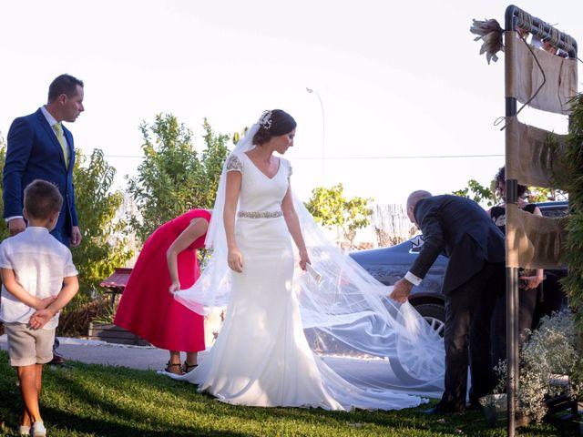 La boda de Alberto y Virginia en Ayamonte, Huelva 31