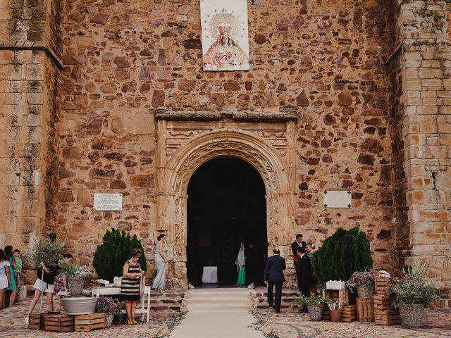 La boda de Alberto y Raquel en Torrenueva, Ciudad Real 69