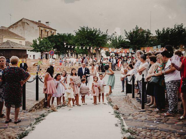 La boda de Alberto y Raquel en Torrenueva, Ciudad Real 81