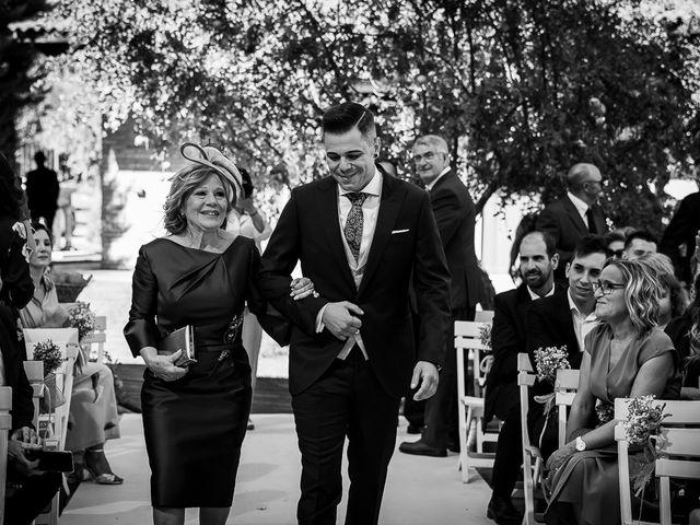 La boda de José y Marina en Zaragoza, Zaragoza 24