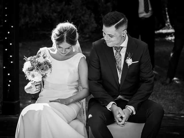 La boda de José y Marina en Zaragoza, Zaragoza 32