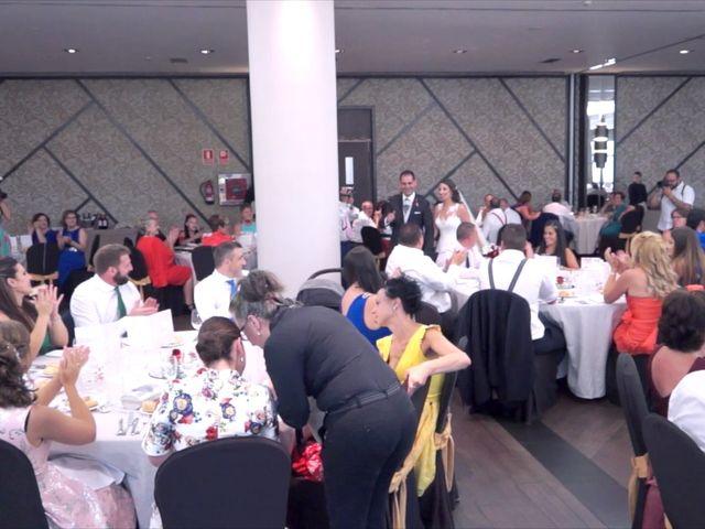 La boda de Juan Luis y Noelia en Avilés, Asturias 15