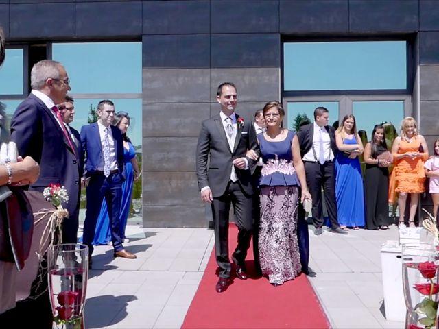 La boda de Juan Luis y Noelia en Avilés, Asturias 22