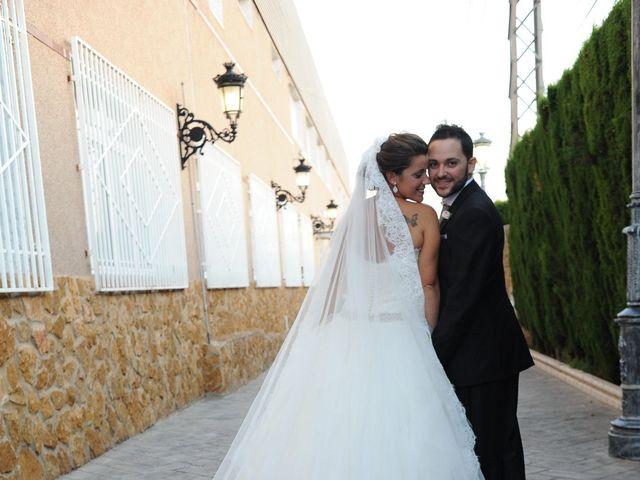 La boda de Antonio y Lidia en Petrer, Alicante 1