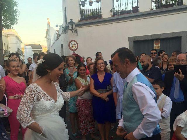 La boda de Alberto y Maria del Carmen en Arroyo De San Servan, Badajoz 21