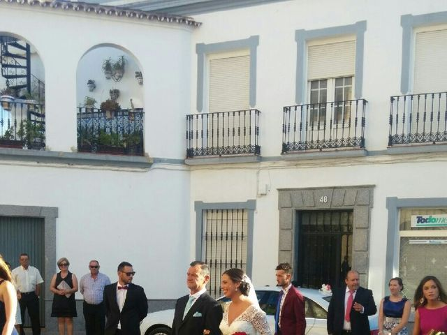 La boda de Alberto y Maria del Carmen en Arroyo De San Servan, Badajoz 25