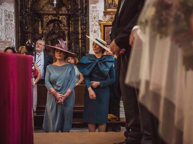 La boda de David y Obdulia en Dos Hermanas, Sevilla 40