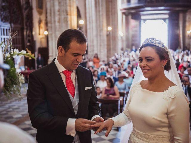 La boda de David y Obdulia en Dos Hermanas, Sevilla 43