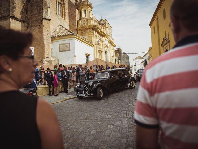 La boda de David y Obdulia en Dos Hermanas, Sevilla 52