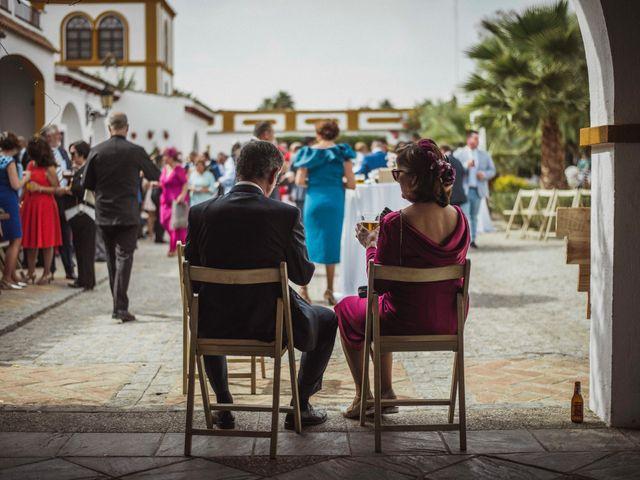 La boda de David y Obdulia en Dos Hermanas, Sevilla 57