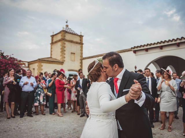 La boda de David y Obdulia en Dos Hermanas, Sevilla 76