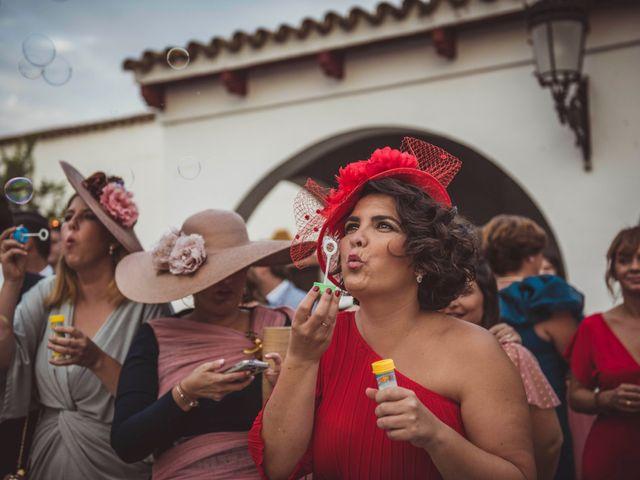 La boda de David y Obdulia en Dos Hermanas, Sevilla 77