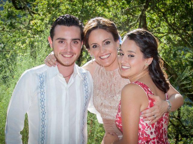 La boda de Javier y Conchi en Nogueira De Ramuin, Orense 17
