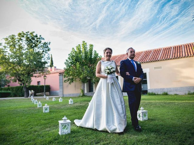 La boda de Ángel y Rocío en Madrid, Madrid 16