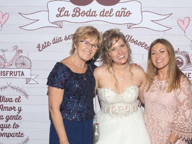 La boda de Adrián   y Nicole   en Dénia, Alicante 1