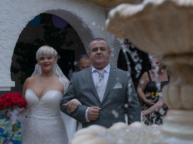 La boda de Manuel y Nayara en Estación De Cartama, Málaga 12