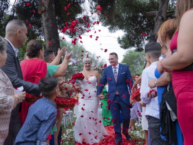 La boda de Manuel y Nayara en Estación De Cartama, Málaga 13