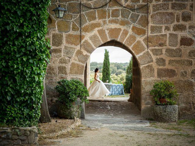 La boda de Miguel y Lourdes en Aliseda, Cáceres 9
