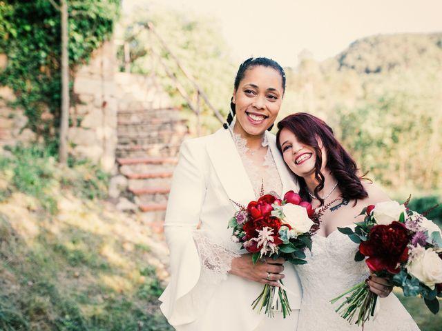 La boda de Ana y Noemí en El Pont De Vilumara I Rocafort, Barcelona 43