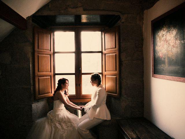 La boda de Ana y Noemí en El Pont De Vilumara I Rocafort, Barcelona 47